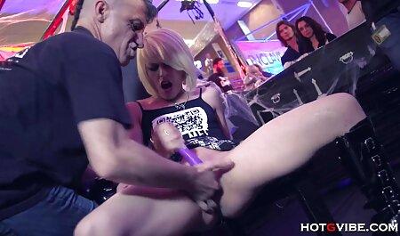Tatuado Sarah convidar um homem para ter x vídeosamadores sexo