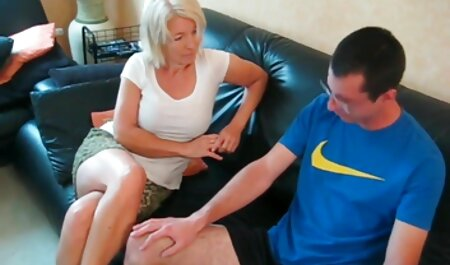 Jovem instrutor de Fitness xvideos videos amadores brasileiros lambendo vagina para clientes adultos