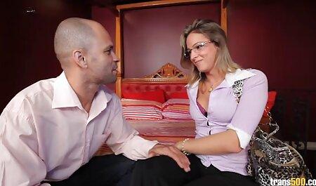 Mãe gorda em meias pulando no pau amador brasileiro xvideos de seu filho