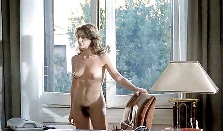 Beleza Nadezhda suruba amadora xvideos fazer fresco sexo massagem para um homem