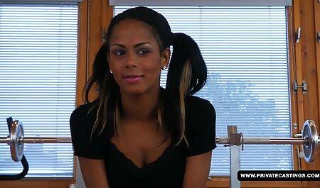 Christina xvideos praia amador Ros encantadora montando o pau preto de um amigo