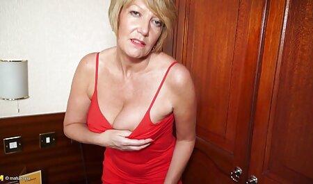 Jovem cuidadosamente deslizou uma mulher madura com peitos grandes amador x videos