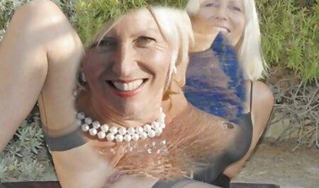 Deusa x video amador brasileiro negra fazendo boquete em um irrealista