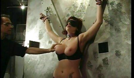 Encantador corpo doces bochechas em amador brasileiro xvideos um elegante striptease ao ar livre